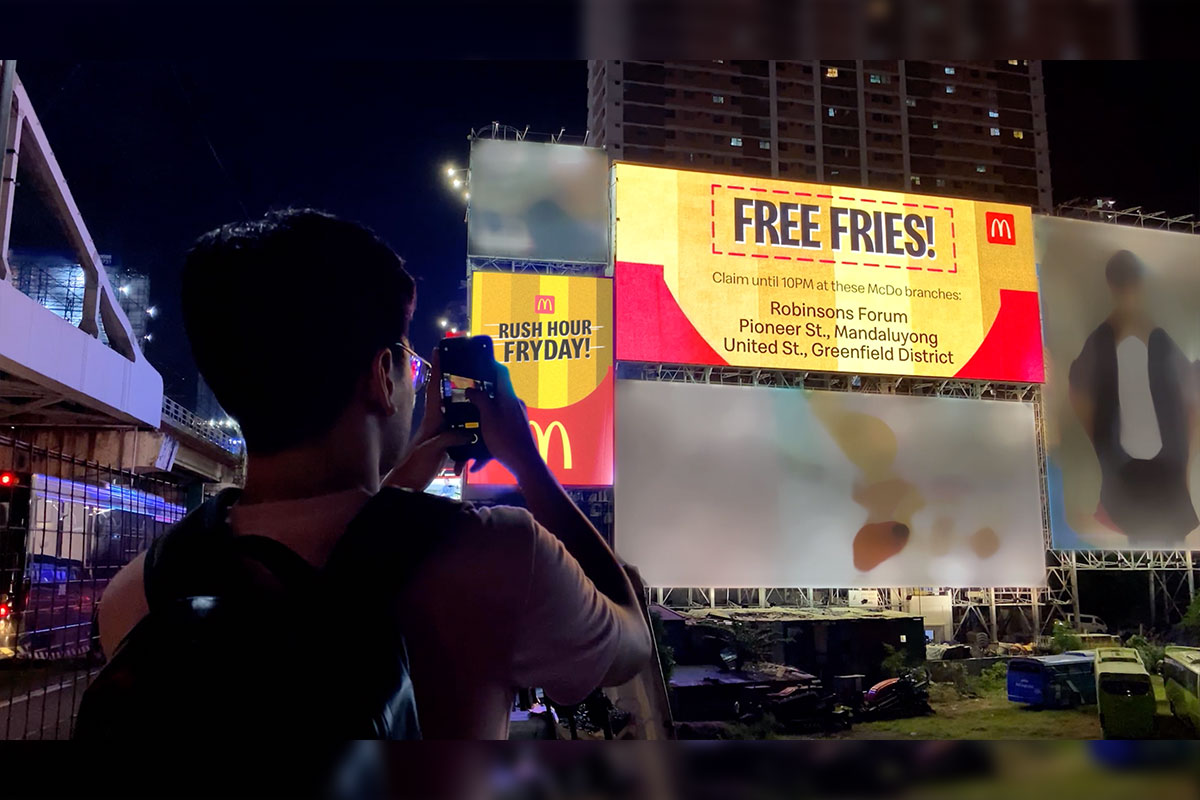 McDonald's surprised everyone with Free Fries at Rush Hour FRYday!